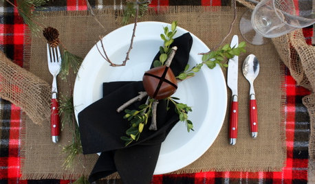 A Feast for the Eyes: Christmas Lunch Table Settings