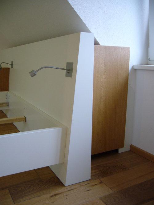Schlafzimmer bett mit stauraum u schrank in dachschr ge for Bett schrank