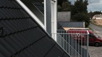 Montage af gulv og værn på altaner