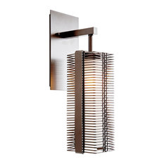 Outdoor Downtown Mesh Sconce, Statuary Bronze, E26