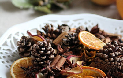DIY: Make a Winter-Scented Potpourri