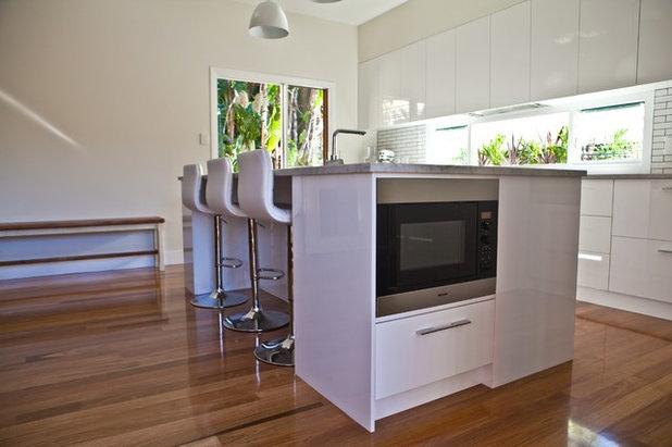 Modern Kök by Kitchens by Kathie