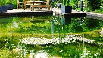 Gartenanlage mit Schwimmteich in Hamburg Wohldorf
