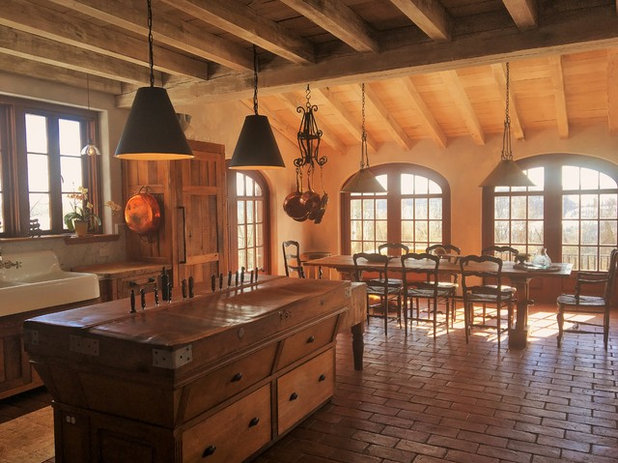 Kitchen of the Week: Aged Italian Farmhouse Charm in a New Home