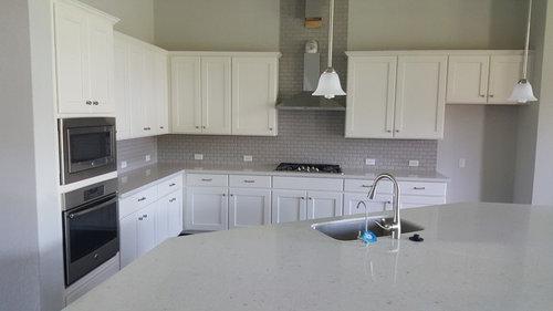 What Color Kitchen Backsplash