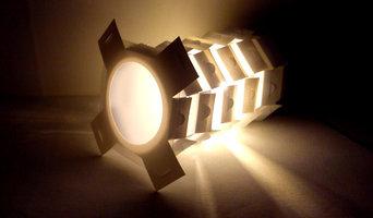 lampe spot_spectateur de gens ordinaires