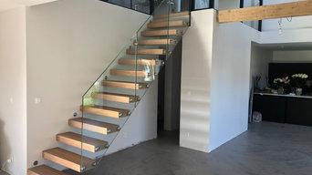 Escalier suspendu chenne et verre