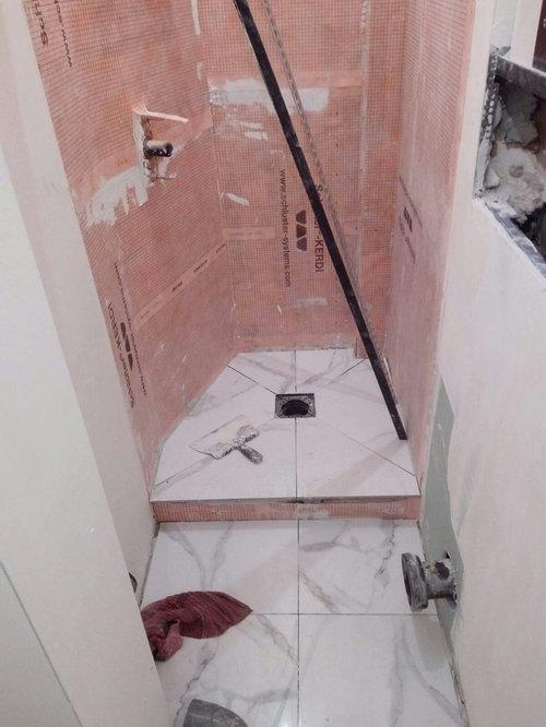 R unir une salle de douche avec les toilettes for Une salle de douche