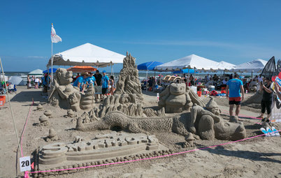 A Perfect Day for a Sandcastle Contest
