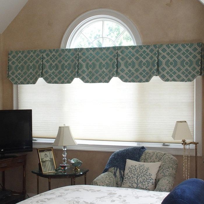 Large bedroom with palladium window