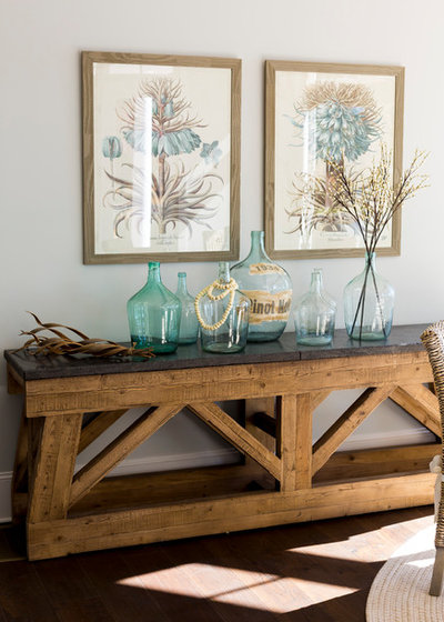 Maritimt  by Kathryn Lilly Interiors