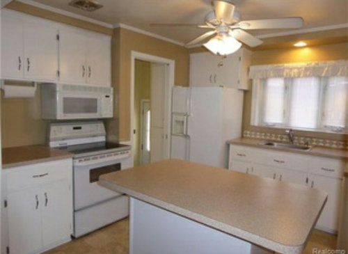 Paint Color Ideas For Kitchen With Beige Pink Countertops Help