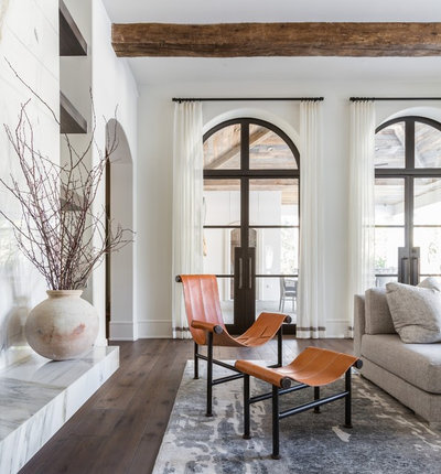 Contemporary  by Marie Flanigan Interiors