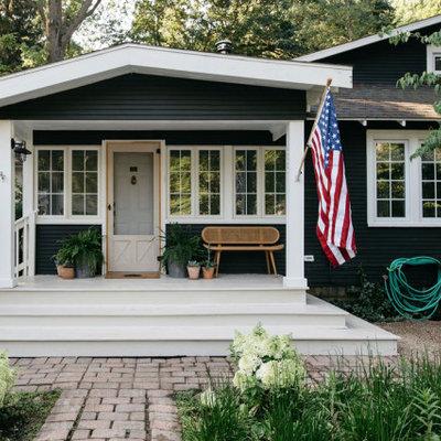 Inspiration for a coastal home design remodel in Grand Rapids