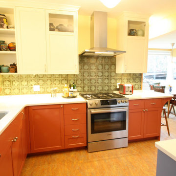 Cheerful Charming Kitchen