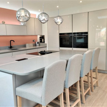 Nobilia Line N Handleless Flash Kitchen in Satin Grey High Gloss