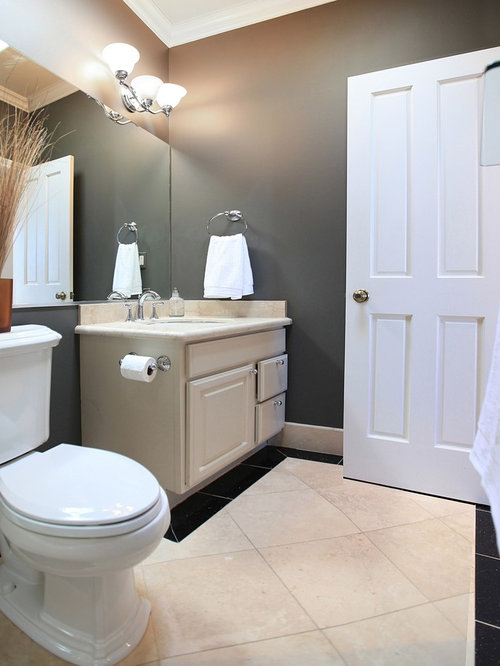 staging bathroom photos