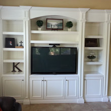 Entertainment/Built ins