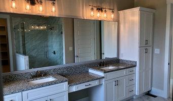Newly Renovated Kitchen & Bathroom