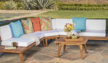 Up to 65% Off Outdoor Sofas and Sectionals