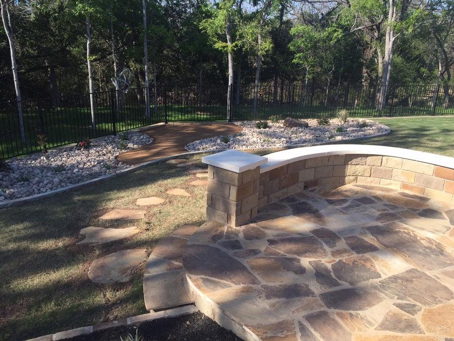 Flagstone patio & Xeriscape bed w/ decomposed granite