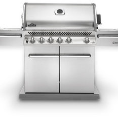 grills gasgrills smoker. Black Bedroom Furniture Sets. Home Design Ideas