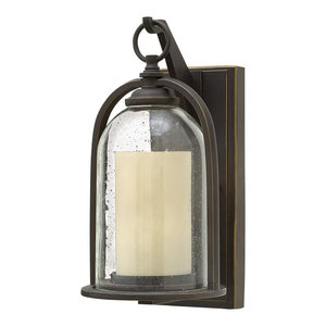 Quincy Traditional Outdoor Wall Light, Small
