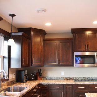 Staggered Kitchen Cabinets | Houzz