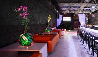 Tropical Paradise LED Vase Lamp