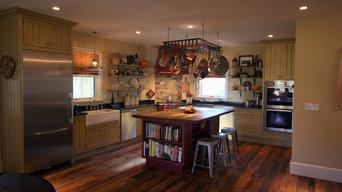 Mink Hollow - Reclaimed Oak Wood Floor & Custom Kitchen Island
