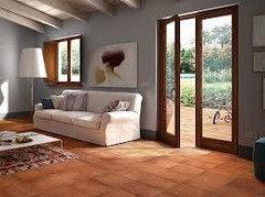 Che colori abbinare al pavimento in cotto - Colore divano pavimento cotto ...