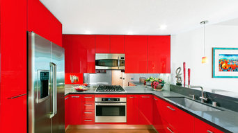 Small space and bold color