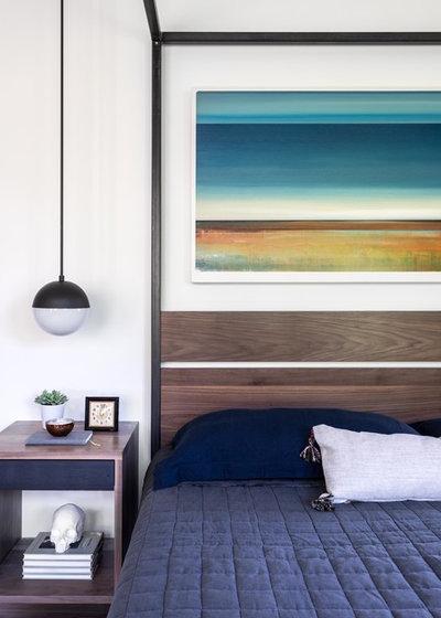 Modern  by Kerry Ellis Design