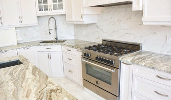 white stained kitchen cabinets