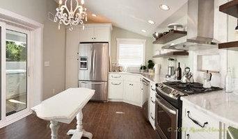 Pool House Kitchen - Interior Remodel