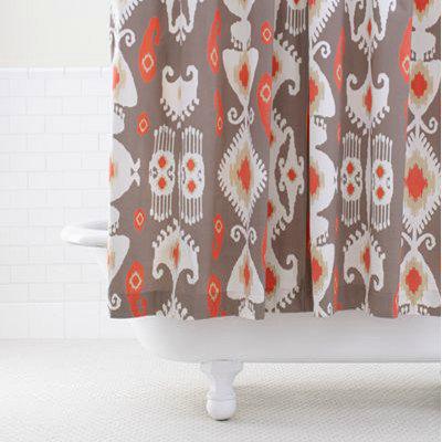 Guest Picks: Shower Curtains Make a Splash