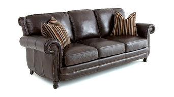 Leather Sofa With 2 Accent Pillows