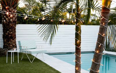 10 Ways to Decorate Outdoors With Fairy Lights and LEDs