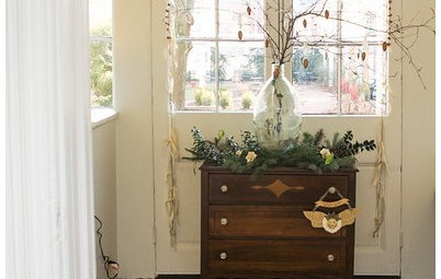 Budget Decorator: Easy Holiday Decorations