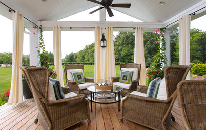 Porch Life: Step Into a Backyard Addition With Breezy Coastal Style