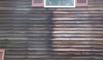 St Peters residence  Cleaning cedar siding