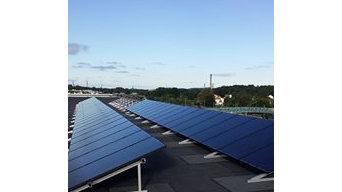 Solenergi & laddstolpar