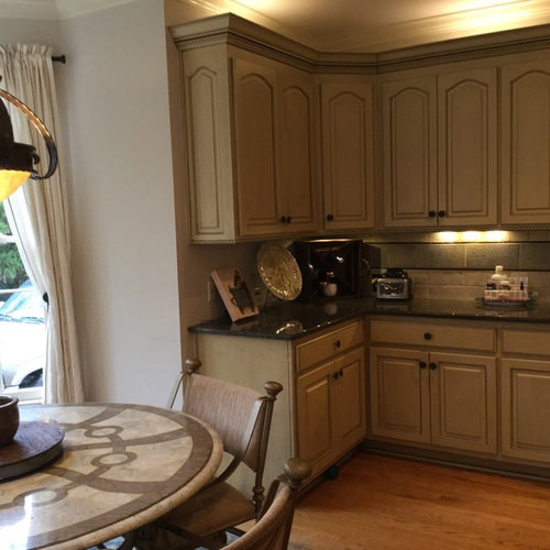 Edgecomb Grey Walls What Color For Cabinets