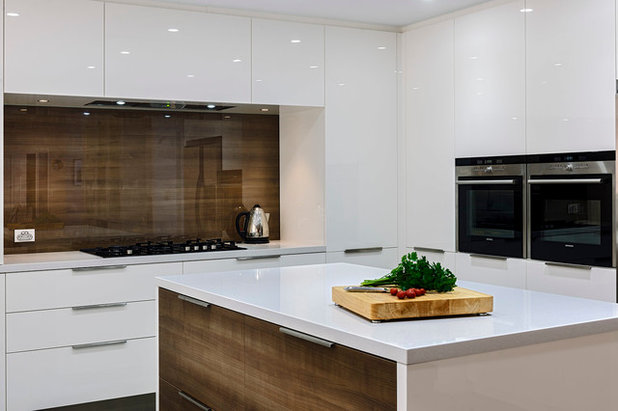 Modern  by Western Cabinets