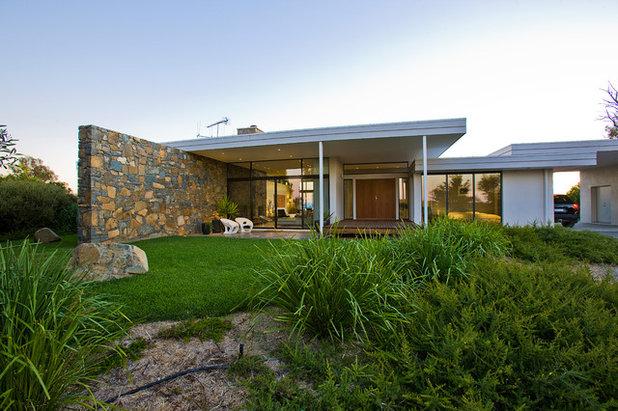 Moderno  by TT Architecture