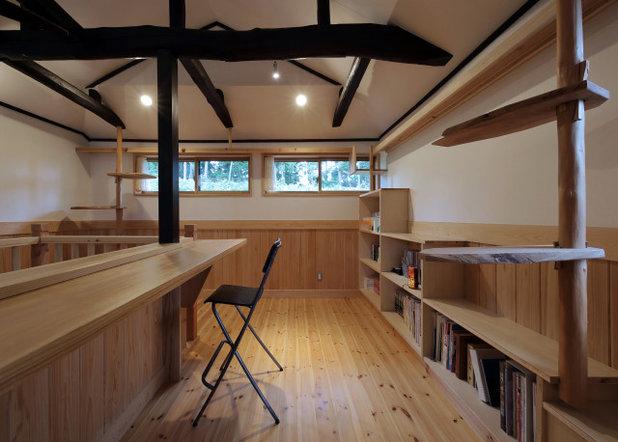 トラディショナル ホームオフィス・書斎 by 有限会社 ササキ設計