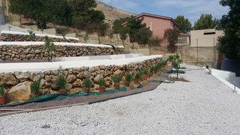 Giardino esterno Villa privata a Carini