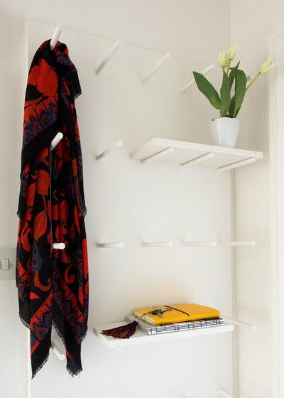 Contemporary  by Cassidy Hughes Interior Design