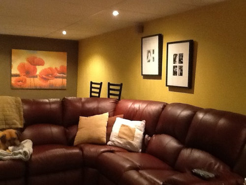 We Have A Large Leather Burgundy Sofa In Our Bat Would Like To Repaint The Entire Any Suggestions For Wall Colors