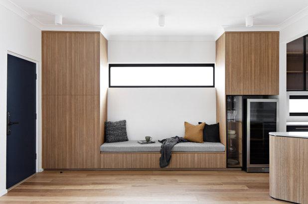 Modern  by Renotech Building Pty Ltd
